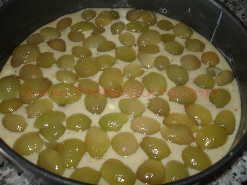 Ricetta torta con l'uva bianca